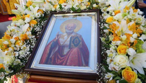 22.05.2018г. Митрополит Георгий совершил Божественную литургию в Арзамасском Николаевском женском монастыре