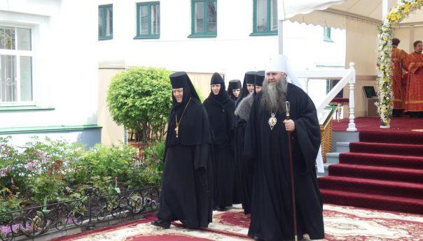 22 мая 2019г. Митрополит Георгий совершил Божественную литургию в Арзамасском Николаевском женском монастыре
