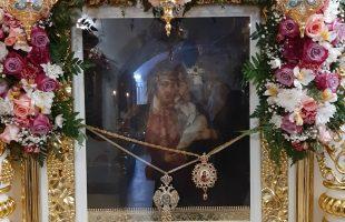 """Спаси Владычица Святую Русь Спаси - крестный ход с иконой Божией Матери """"Избавление от бед страждущих"""""""