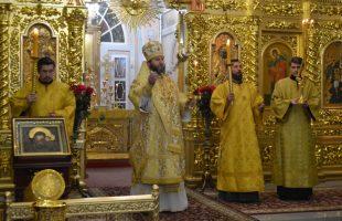 26 октября 2019 года епископ Дальнеконстантиновский Филарет (Гусев), возглавил Всенощное бдение в Арзамасском Николаевском женском монастыре